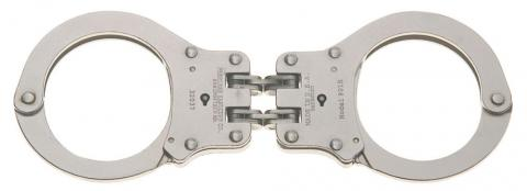 Peerless hinge cuffs